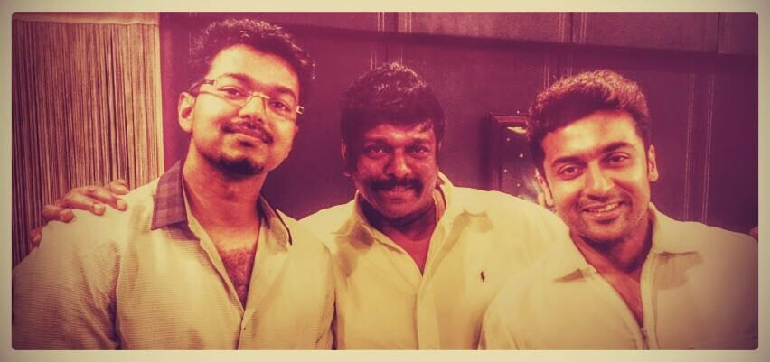 Vijay-Parthiban-Surya-At-90's-reunion-Pictures