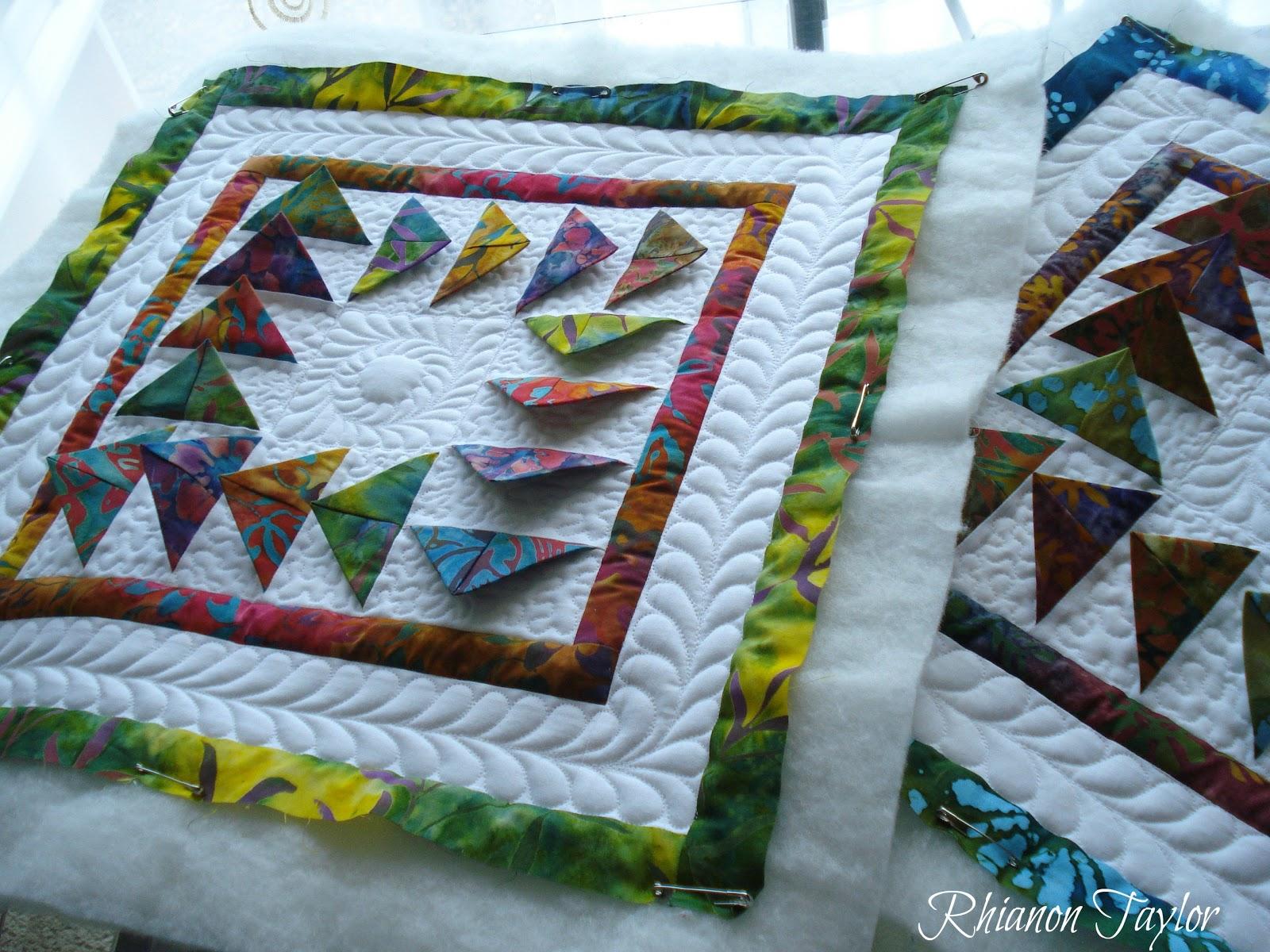 The Nifty Stitcher Prairie Point Quilt In Batiks