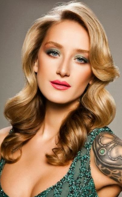 new style of hair 2014 simple hair style for at new year from 2014 6648 | Simple Long Hair style For Women At New Year From 2014 1