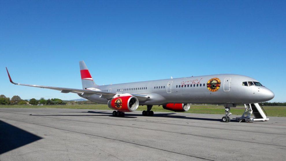 Guns N' Roses virá ao Brasil com a própria aeronave – Veja fotos