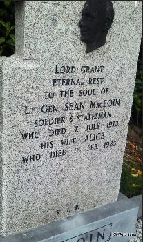 http://www.igp-web.com/IGPArchives/ire/longford/photos/tombstones/st-emer-rc-left/images/77_maceoin_sean_alice.jpg