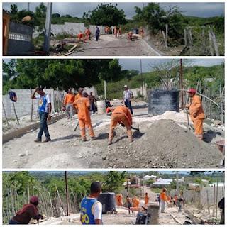 Obras Públicas construye los contenes en el sector de Río chil de Barahona
