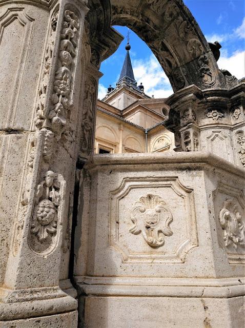 Monasterio de Uclés, pozo barroco