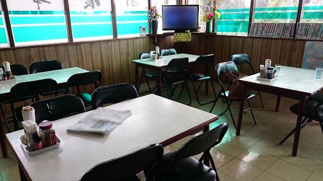 たかみ食堂の店内の写真