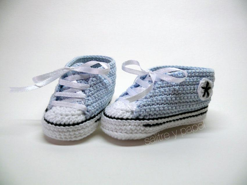 patucos converse azul bebé