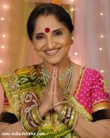 sarita-joshi-in-comedy-show