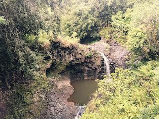 Piscine naturelle sur la route de Hana