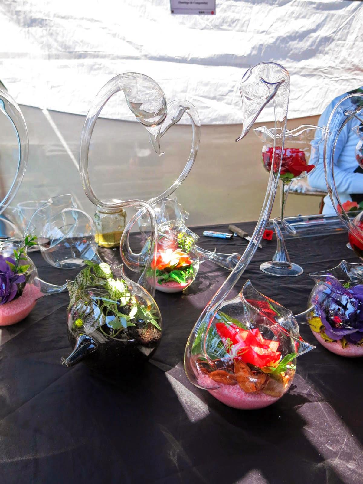 Centros de mesa de cristal y flores
