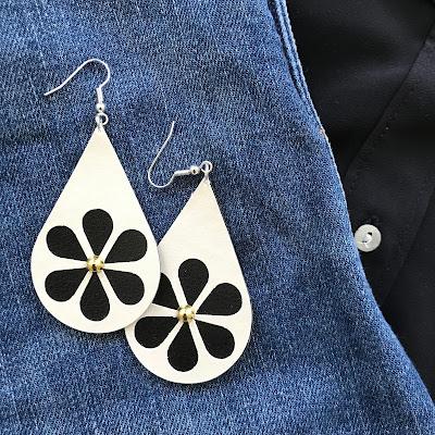 Silhouette Leatherette Sheets - örhängen, blomma
