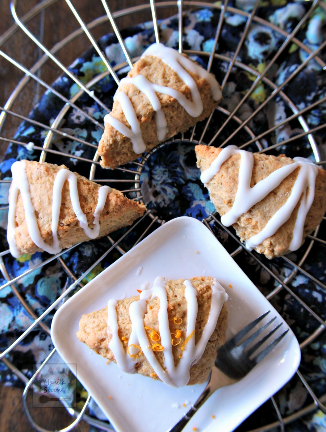Packed with flavor and easy to make, these delicious Lemon Cardamom Scones are great with your coffee or tea. #lemonscones #cardamom #scones #cardamomscones #teatime | manilaspoon.com