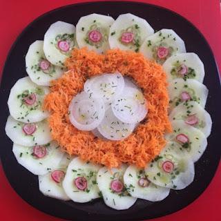 Salada de Pepino com Cenoura e Cebola