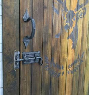Кованая дверная ручка ручной работы
