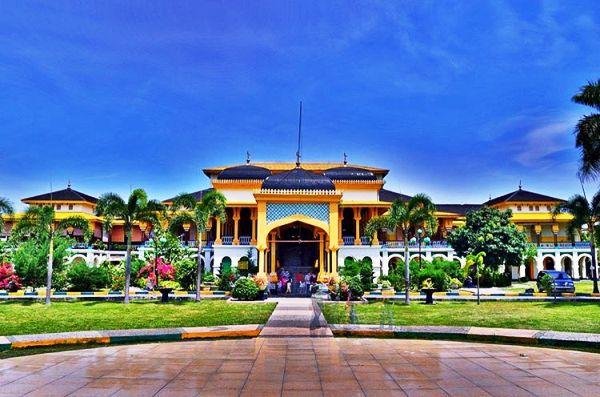 Istana Maimun tempat wisata di medan