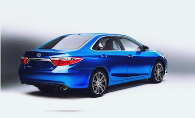 2016 vs 2017 Toyota Camry Special Edition Performance Review LED