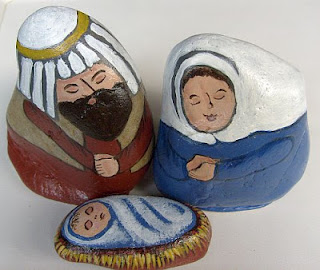 unique nativity sets, painted rocks, Cindy Thomas