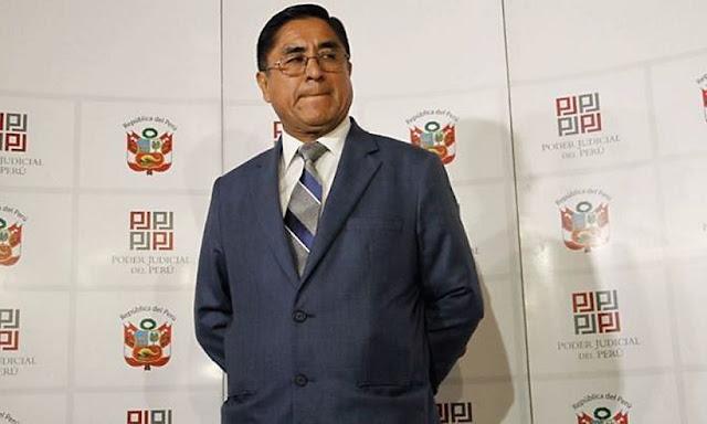 Corte Suprema exige a César Hinostroza renunciar al cargo de juez titular