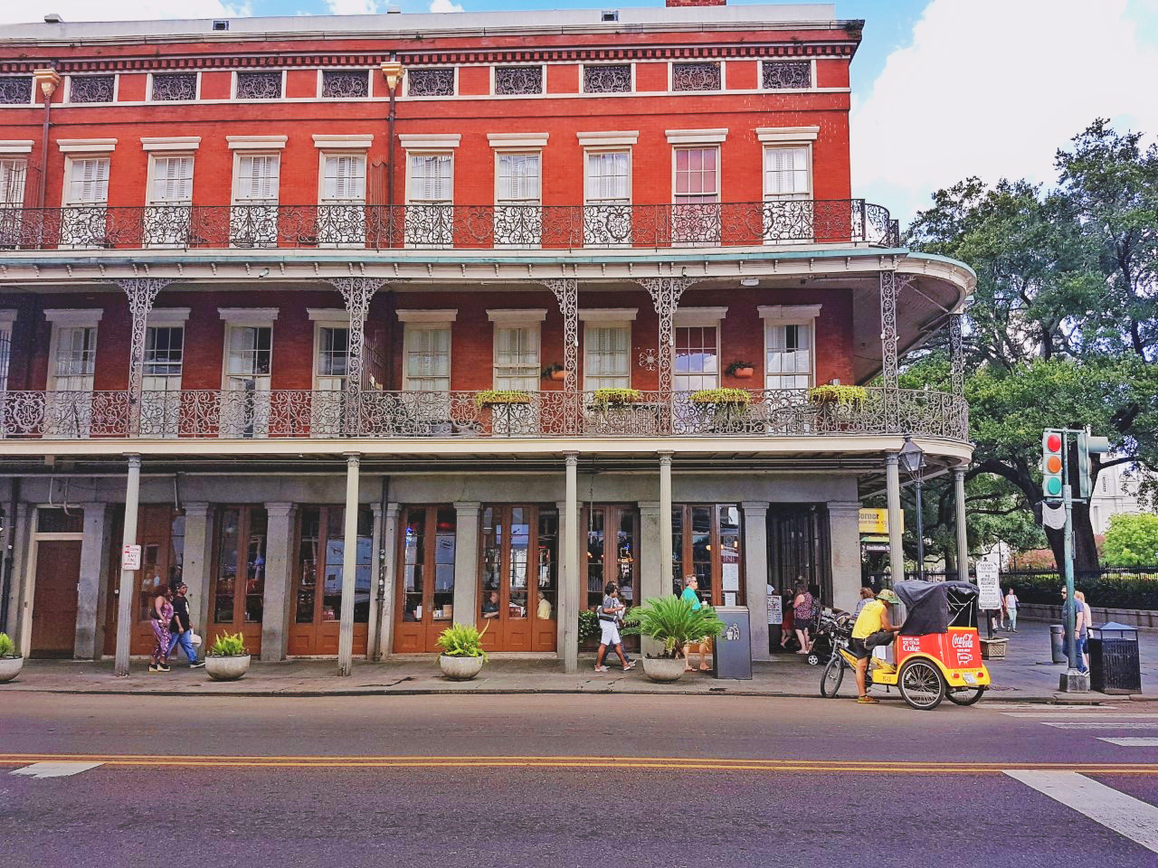 New Orleans, Louisiana, travel, summer, French quarter, balcony, tourist, blogger