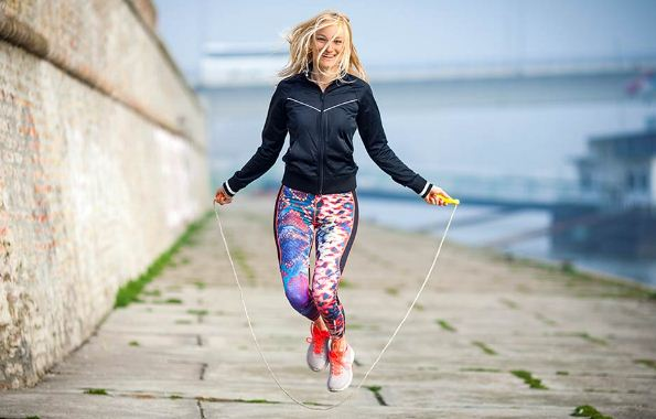 apakah skipping bisa menambah tinggi badan, cara melakukan skipping dengan benar, cara meninggikan badan dengan skipping