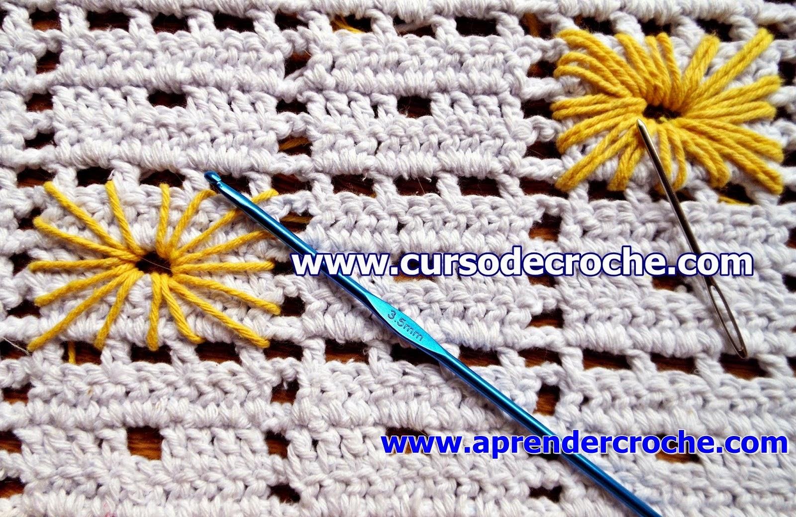 Tapete em crochê filé bordado ponto ilhós Aprender Croche com Edinir Croche