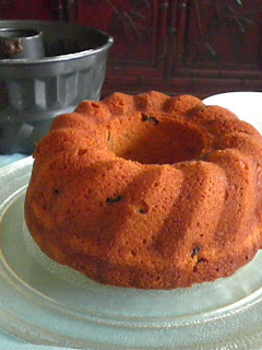 Dry Fruit Bundt Cake  Recipe @ treatntrick.blogspot.com