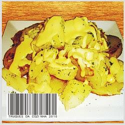 Batata a dore com queijo e frutas