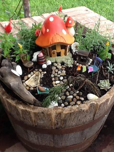 Fairy garden Ideas: The Magic Mushroom Garden