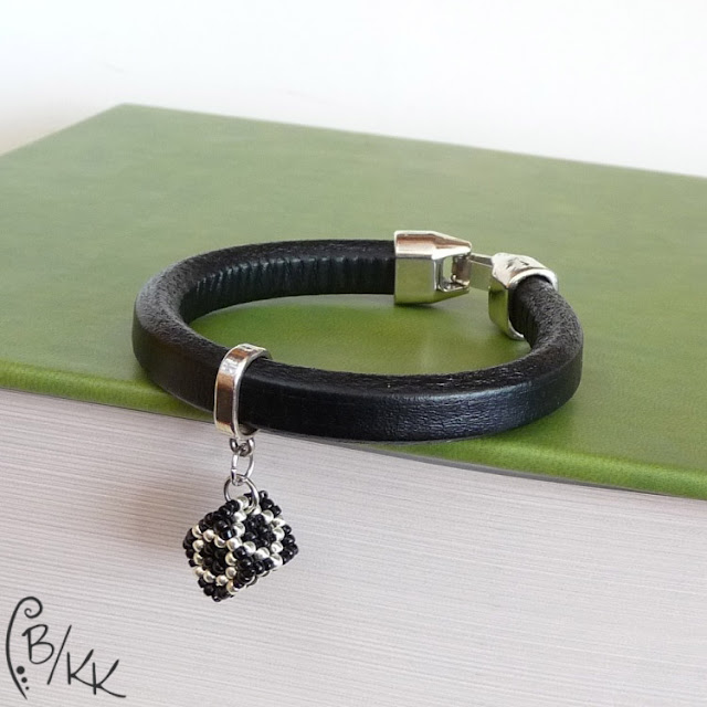 bransoletka z kostką cubic right angle weave | cubic right angle weave cube bracelet