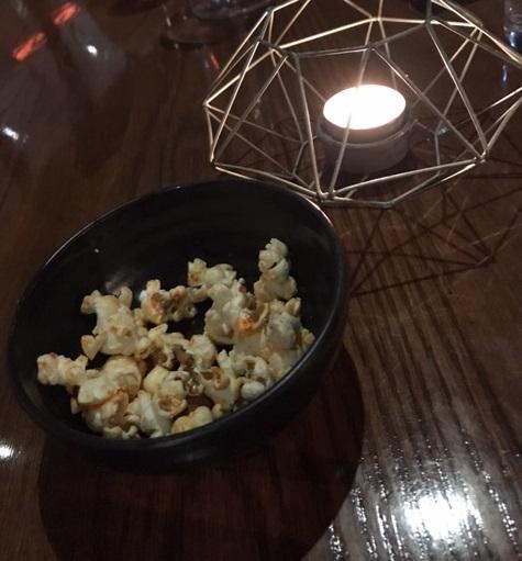 Dutchess, Melbourne, popcorn