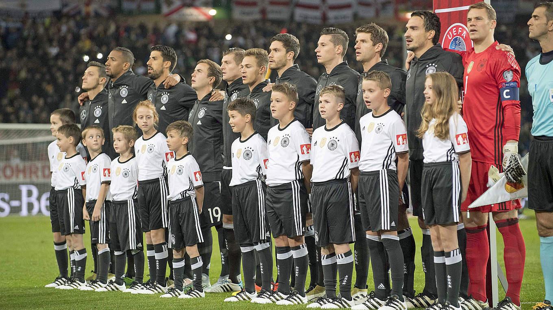 c4a48173dc A DFB (Federação Alemã) anunciou nesta quarta-feira a premiação dos  jogadores da Mannschaft na Copa do Mundo de 2018