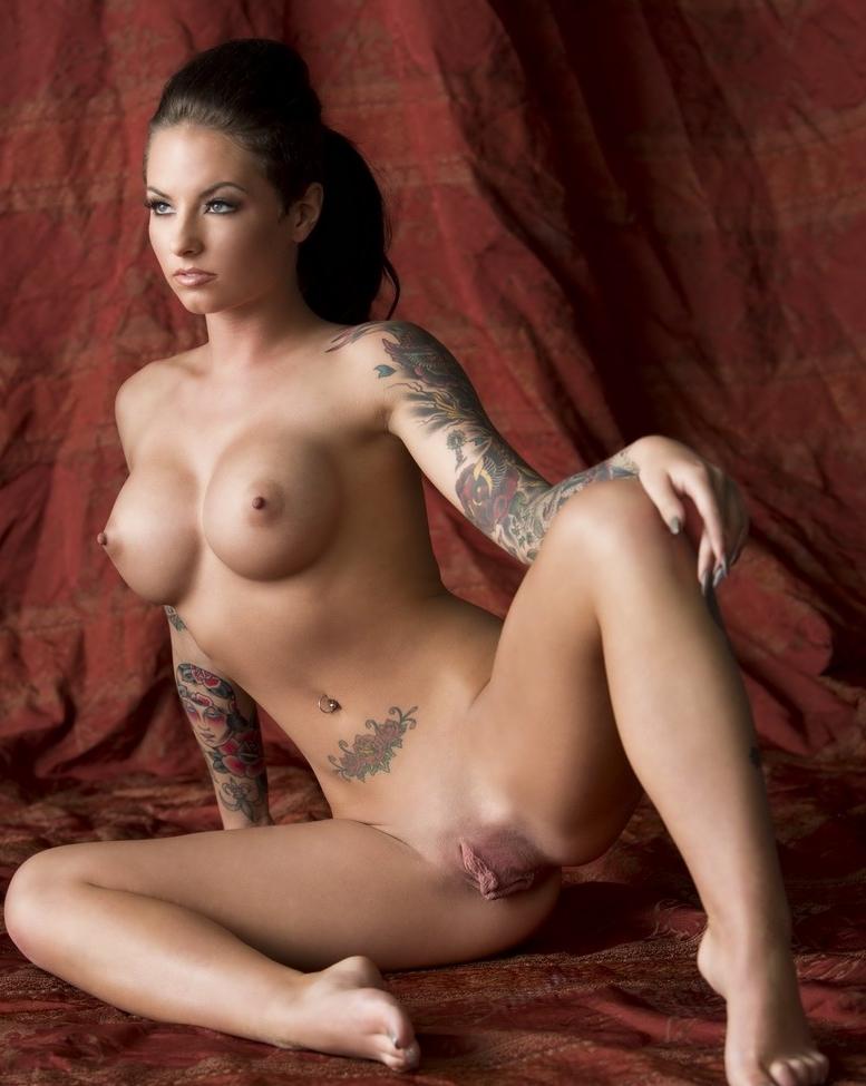 nude pics mack Christy