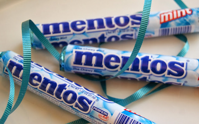 Mentor gift using Mentos candy @michellepaigeblogs.com