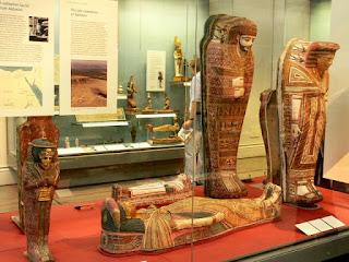 תצוגת המומיות במוזיאון הבריטי