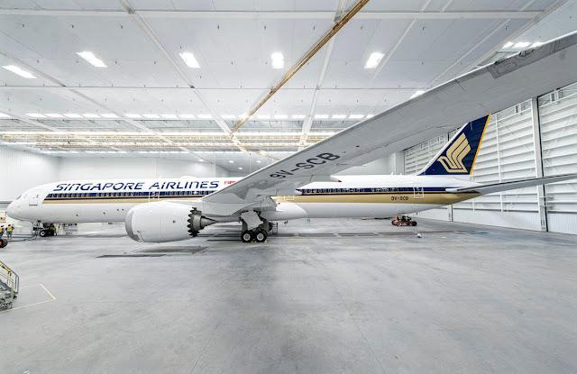 b787-10 singapore airlines paint shop