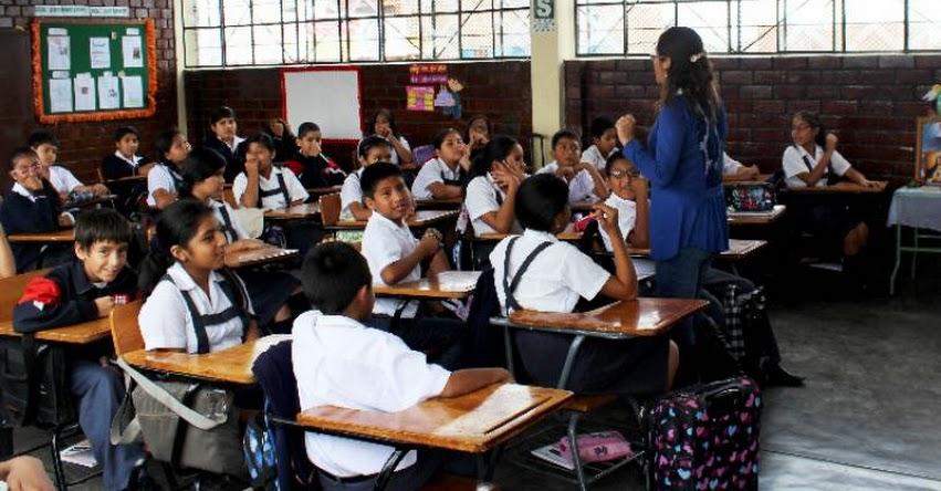 ¿Por qué elegir ser docente? www.perueduca.pe