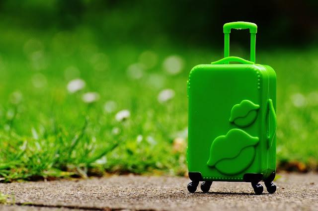 Co spakować do walizki na wakacyjny wyjazd?