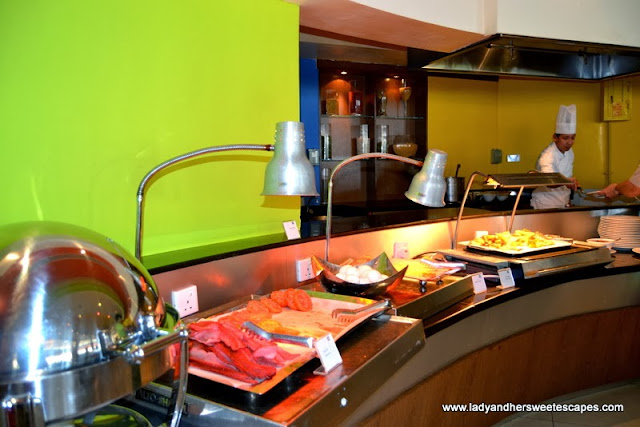 Breakfast choices at Fujairah Rotana Resort and Spa 2