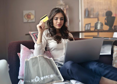 booking-hotel-on-internet,-travel-planning,-online-reservation-concept,-woman-looking-at-screen