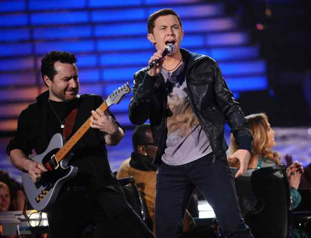 American Idol Guitar Player Tony Pulizzi plays a Valley Arts Telecaster with AI winner Scotty Mccreery.