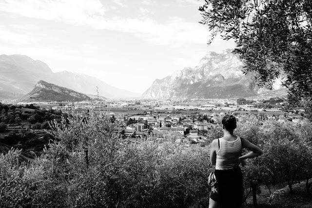 Arco, Trento, Italy. Czarno-biała fotografia krajobrazu. fot. Łukasz Cyrus