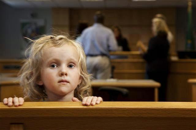 أثر الطلاق على أولاد الزوجين