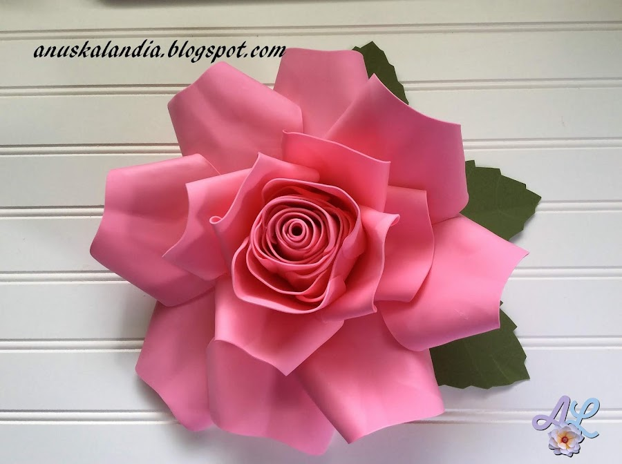 Rosa-gigante-en-goma-eva-o-foamy-24-trabajo-finalizado-Anuskalandia