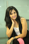 Anasuya latest sizzling photo shoot-thumbnail-9
