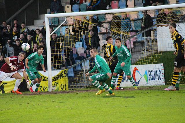 Fútbol | El Barakaldo cierra la jornada 26 contra un Arenas que se atraganta a los gualdinegros