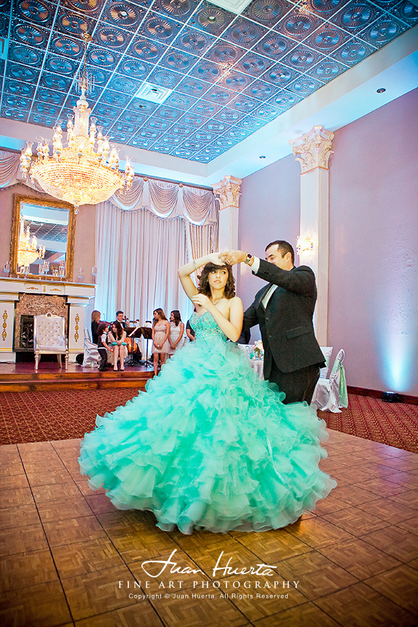 chateau-crystale-quinceaneras-photography-juan-huerta