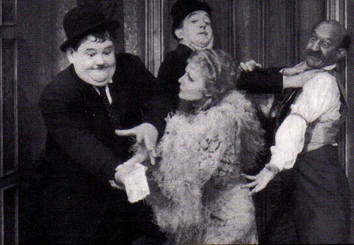 Way Out West 1937 movieloversreviews.filminspector.com Stan Laurel Oliver Hardy