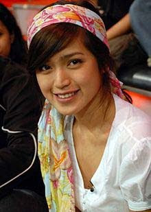 Extra Madura Mualaf Jessica Iskandar Merasa Tenang Dan Damai
