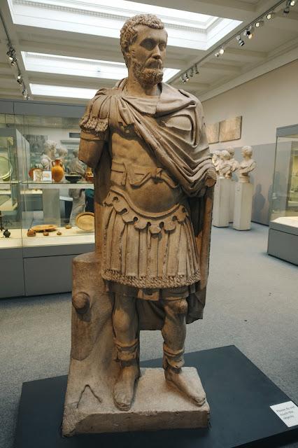 皇帝セプティミウス・セウェルスの大理石像(Marble statue of the Emperor Septimius Serverus)
