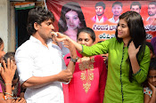 Yamini Bhaskar Birthday Celebrations-thumbnail-19