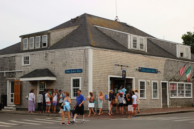 Juice Bar | Nantucket | Chichi Mary Blog