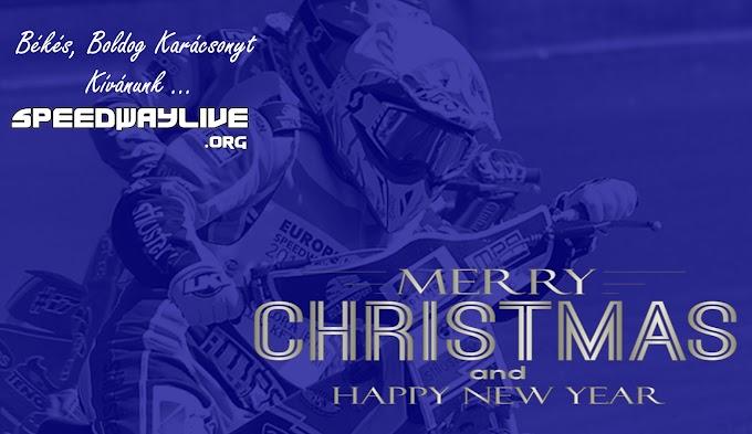 Békés, boldog karácsonyt kívánunk mindenkinek !